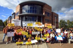 Crewe Chronicle, Elworth protestors